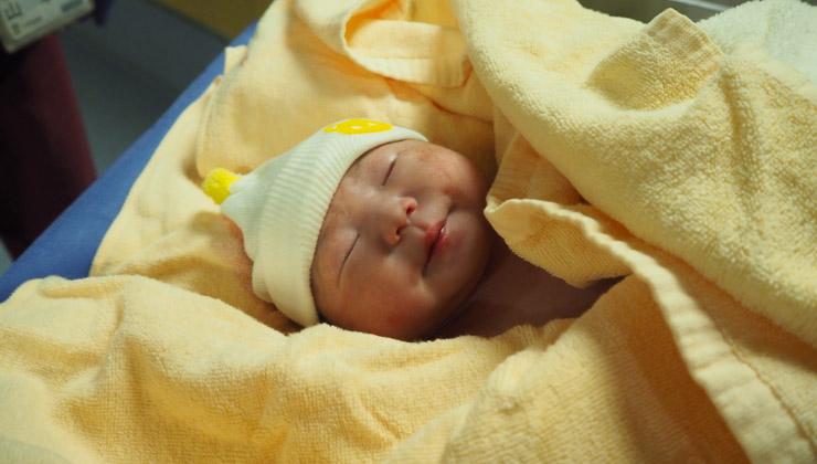 赤子の生後1ヶ月健診を一人で挑むのはハードすぎる