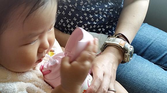 暑い夏を乗り切るためにサーモスの赤ちゃん用水筒を購入してみた